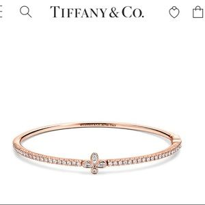 New Never Worn Tiffany Rose Gold Bangle